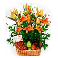Fruit and Flowers Basket for Mom, Colombia